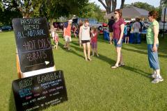 7-6-11_Lake_George_Johnny_Holm_food_vendors_sign_LR_PE10__g
